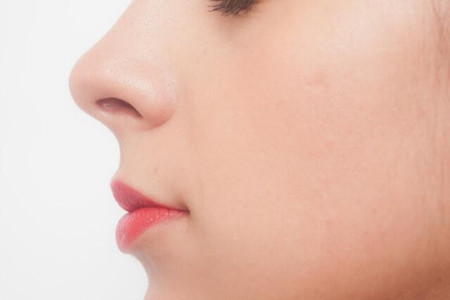 鼻のアップ 女性