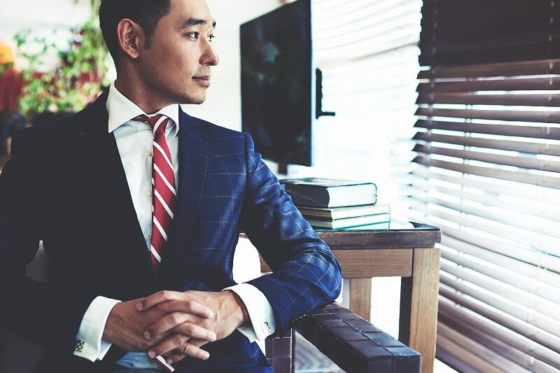 スーツ 男