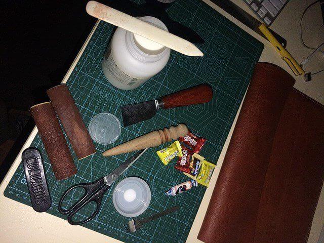 革の加工 道具